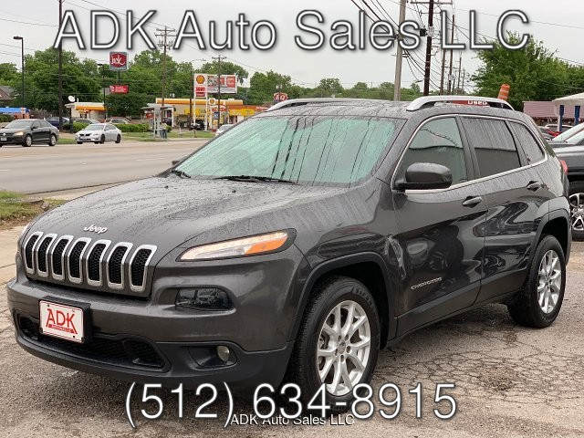 2017 Jeep Cherokee Latitude FWD 9-Speed Automatic
