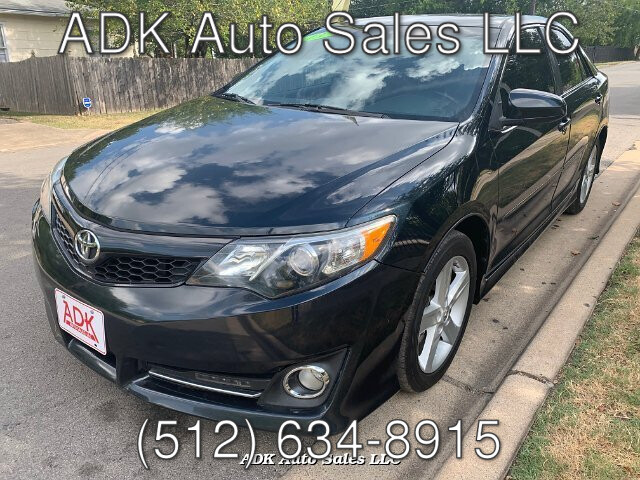 2013 Toyota Camry SE 6-Speed Automatic